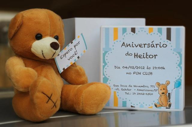 festa jardim dos ursos:na confecção dos Convites de Aniversário do primeiro aninho do
